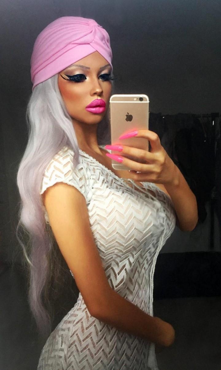 18 De Barbie Años La Checa Jirackova Gabriela Rq1paa