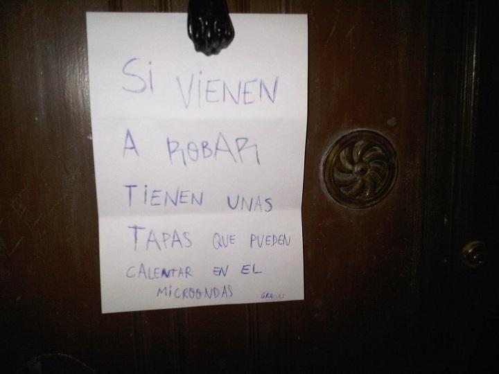 cartel-puerta