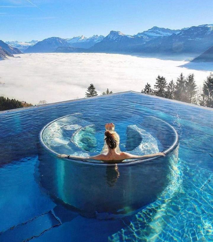 piscina-entre-montanas