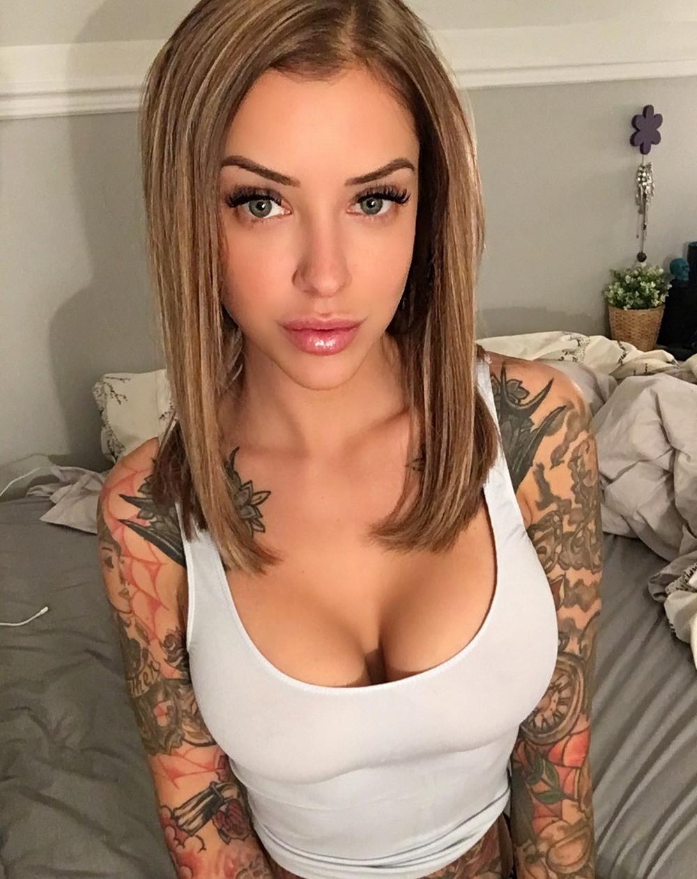 Bangbus Threesome With A Random Girl And A Pornstar Rachel Starr Calenita
