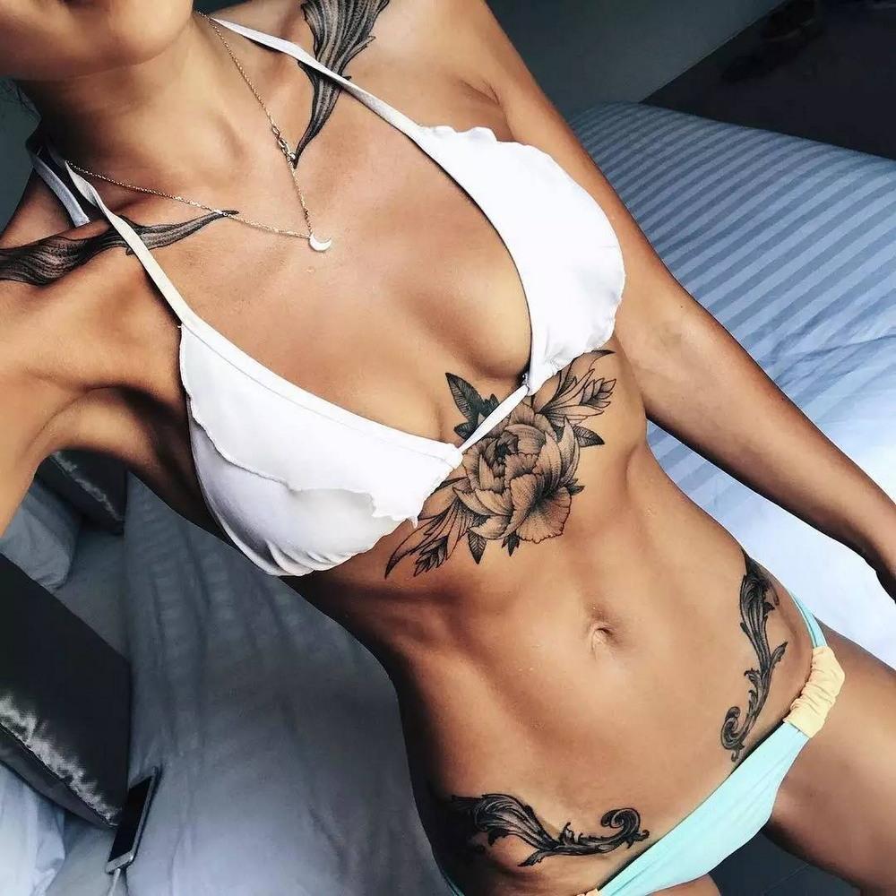 mujeres-muy-tatuadas-ropa-interior