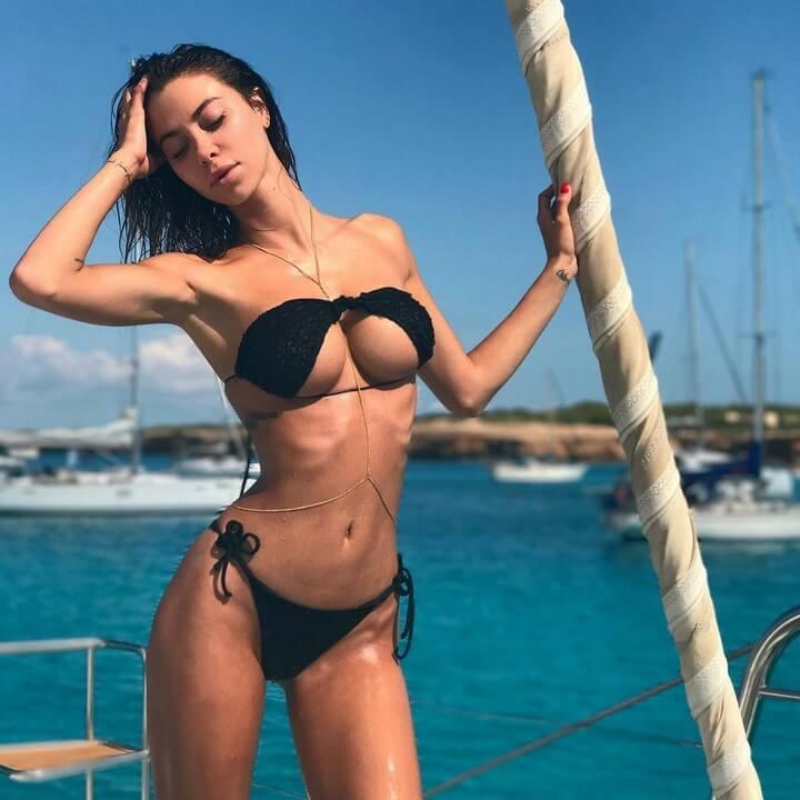bikini-escote