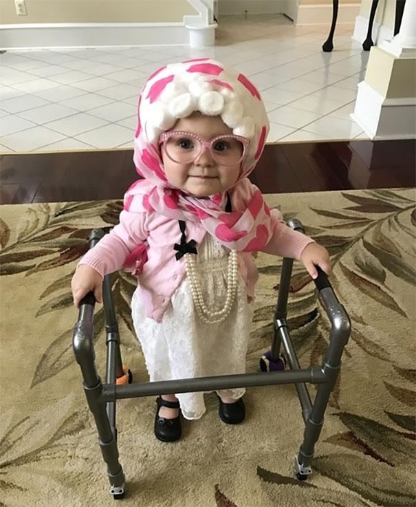 disfraz-de-abuela-para-bebe
