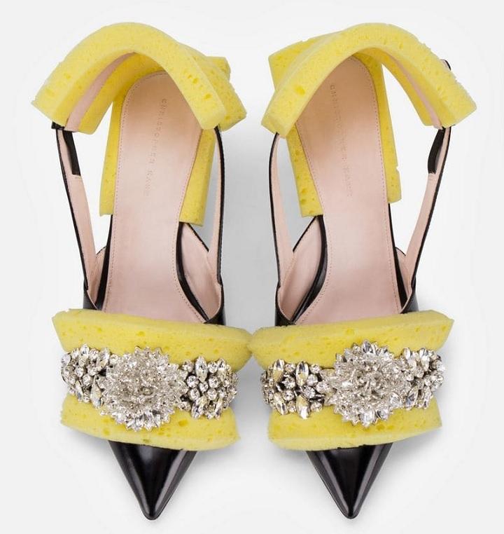 zapatos-con-esponjas