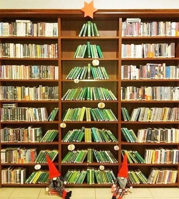 arbol-de-navidad-biblioteca