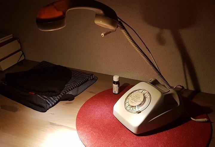 lampara-telefono-antiguo