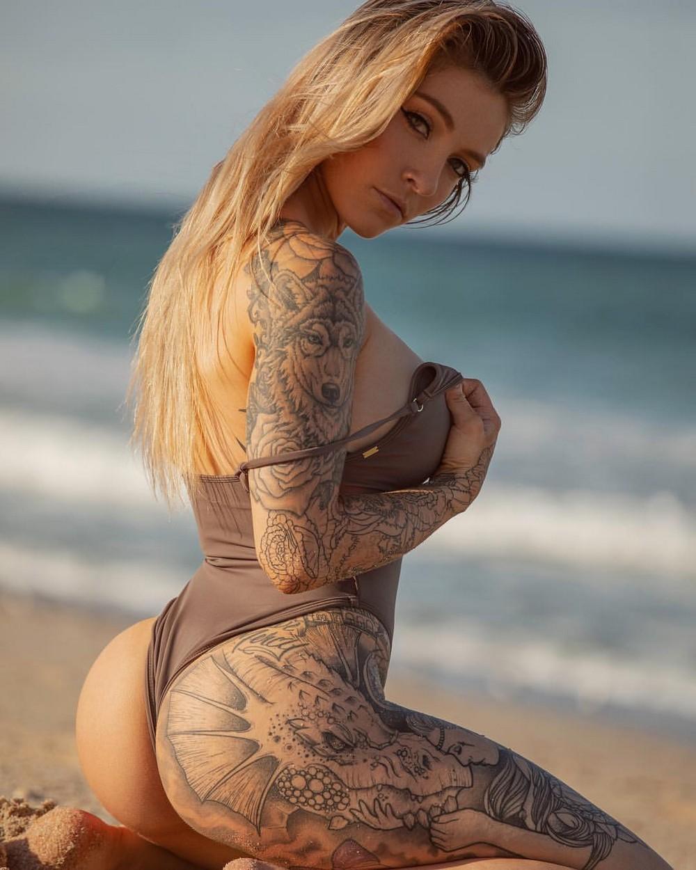 os-gustan-las-mujeres-tatuadas