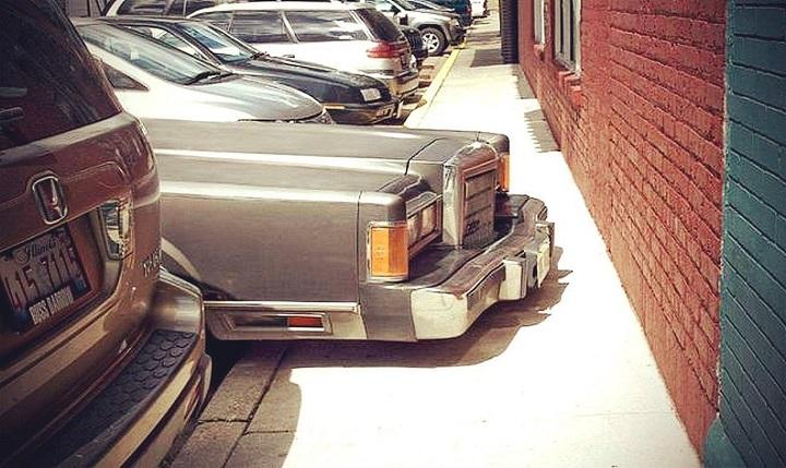 coche-con-mucho-morro