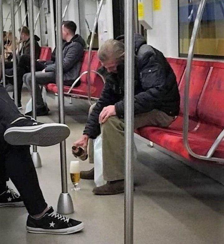 cervecita-en-el-metro