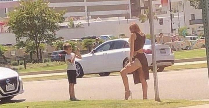 madres-que-solo-piensan-en-el-postureo