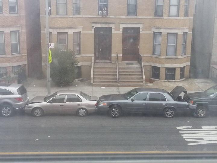 aparcando-por-pelotas