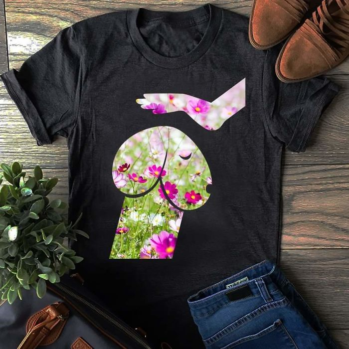 camiseta-con-el-dibujo-de-un-perro